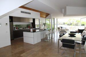 Пример дизайн интерьера кухни в стиле арт-деко Черновцы