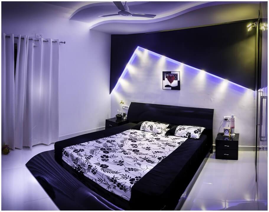 Пример дизайн интерьера спальни в стиле хай-тек Черновцы
